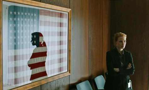 la noche mas oscura chastain bandera americana barras y estrellas
