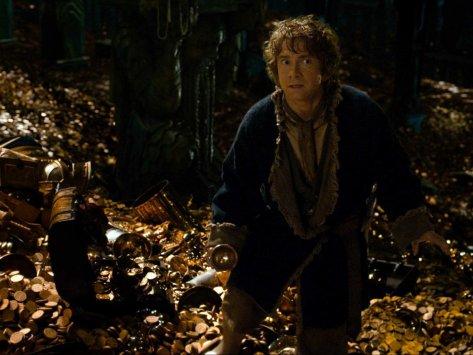 Bilbo se baña en oro en el hobbit