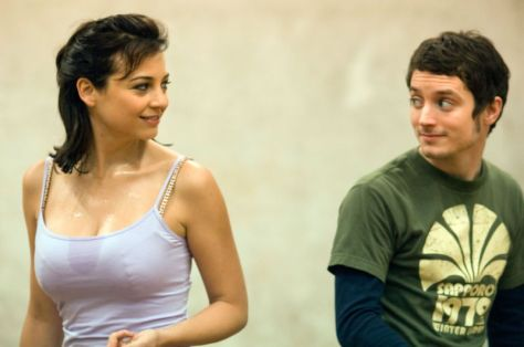 los-crimenes-de-oxford-leonor-watling-elijah-wood