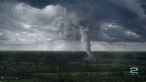 en-el-ojo-de-la-tormenta-tornado