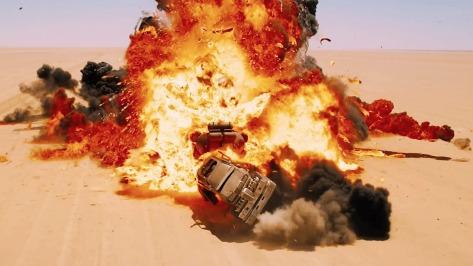 explosiones-mad-max-furia-carretera
