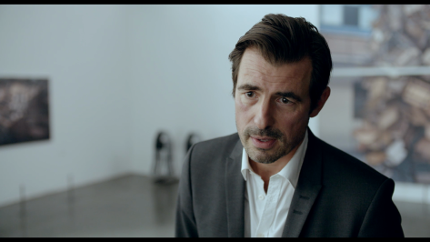 the-sqare-claes-bang-actor